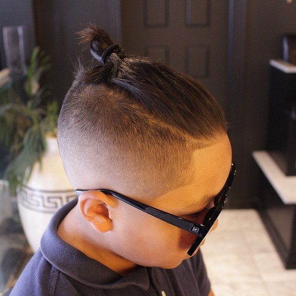 модная стрижка для мальчика
